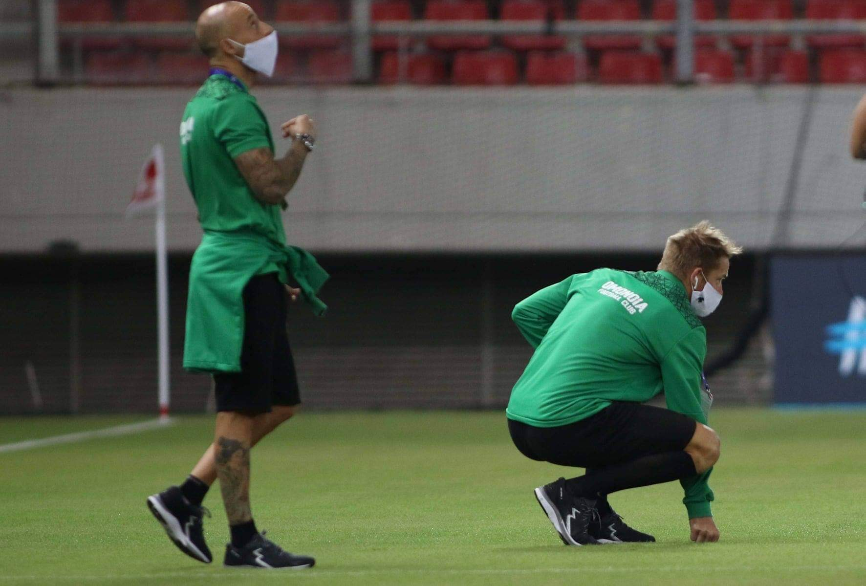 Güney'de zayıf halka futbol
