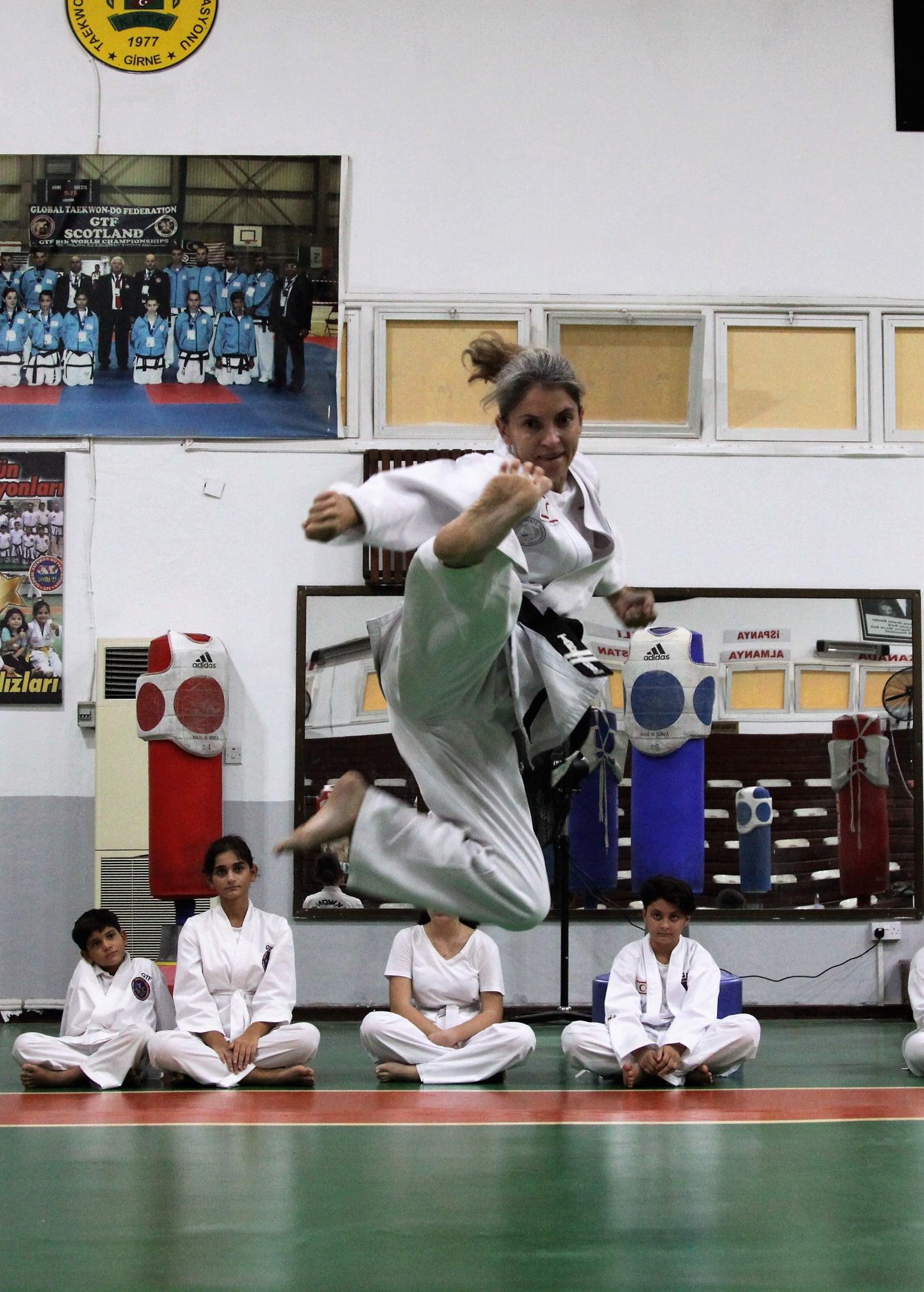 Taekwondoda çekişmeli maçlar