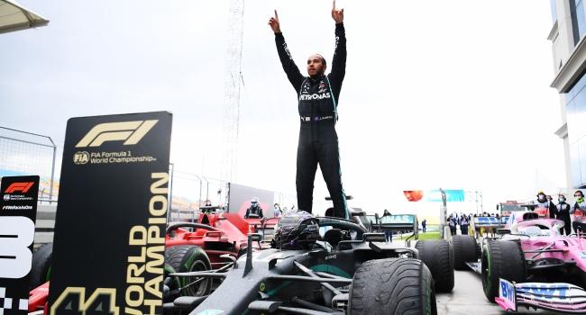 Türkiye'de zafer Lewis Hamilton'ın