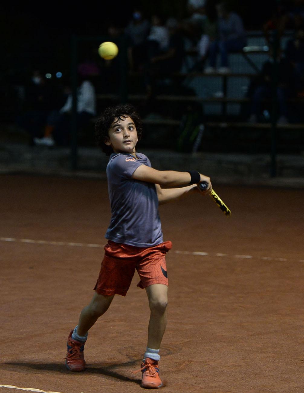 Teniste şampiyonlar belirlenmeye devam ediyor