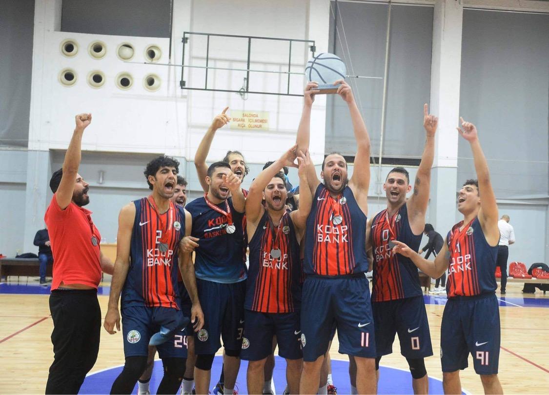 Açılış'ın şampiyonu Koopspor