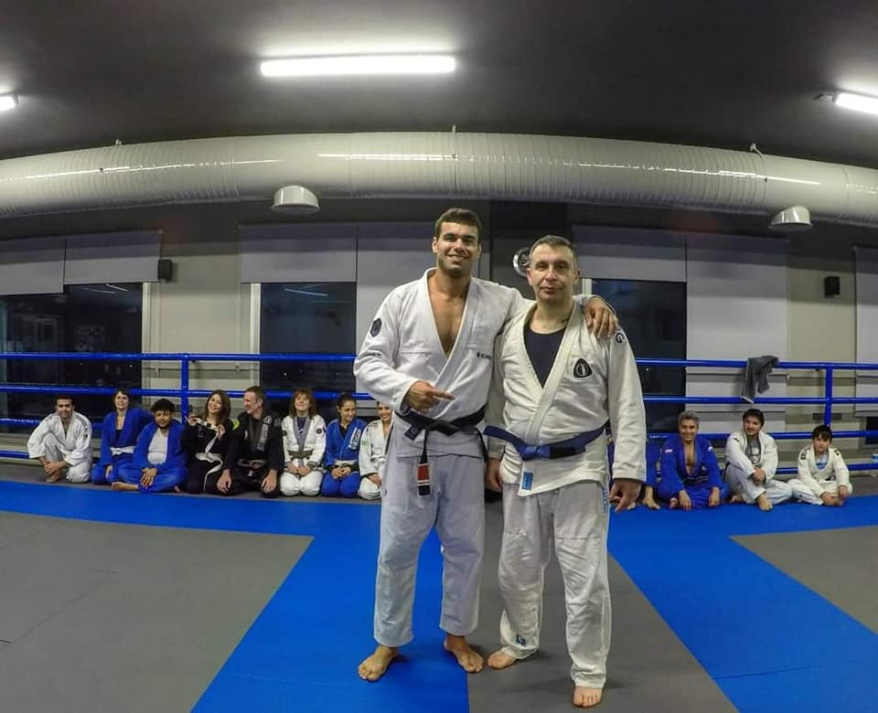 Baytaroğlu'nın mavi kuşağı Moraes taktı