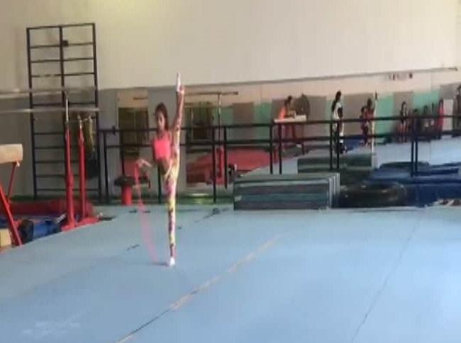 Karya'nın ilk cimnastik eğitimi, federasyon antrenörlerinden