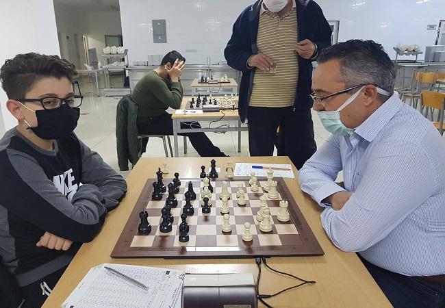 Online satranç oynayacaklar