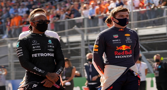 Hamilton ve Verstappen arasında zirve atışması