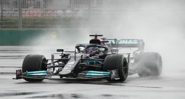 Çılgın yarışın galibi Hamilton