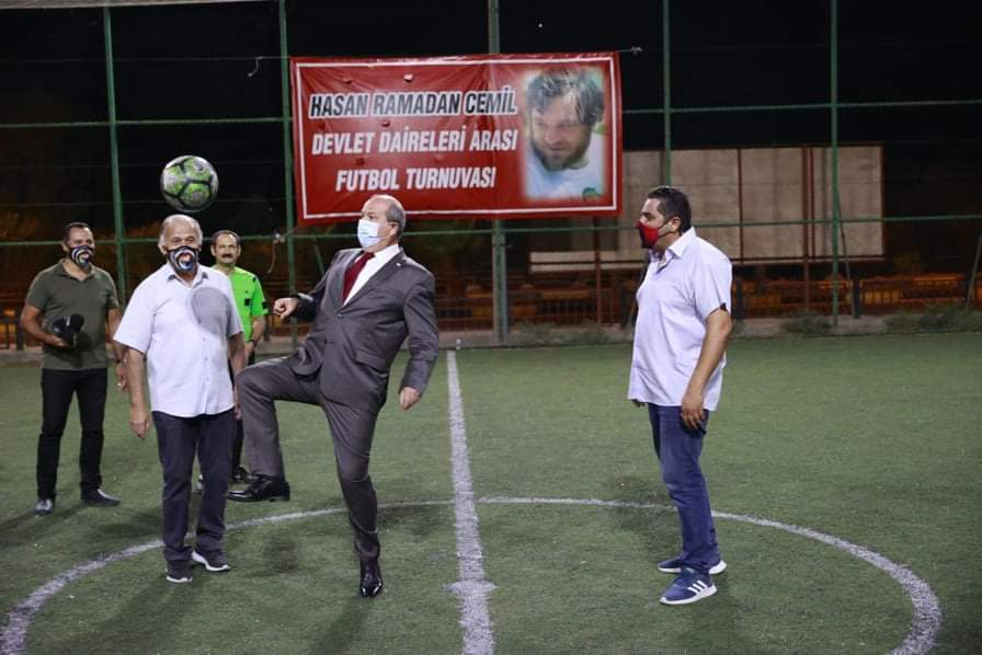 Cumhurbaşkanı Tatar'dan futbol şov
