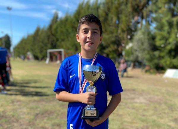 Cumhuriyet Kupasının yıldızı, Kıbrıslı çocuk